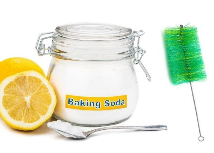 baking soda and lemon and hookah cleaning brush